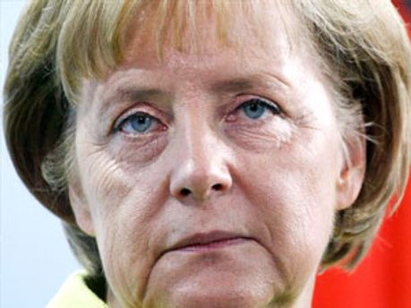 Ангела Меркель запросила Віктора Януковича до Берліну