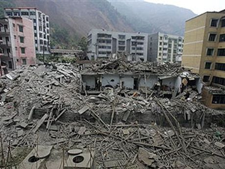 Землетрус на сході Китаю вже забрав життя 67 людей
