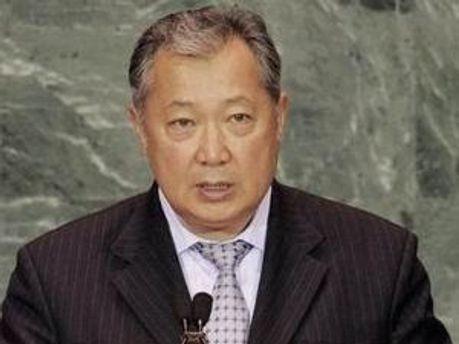 Курманбек Бакієв відмовився від політичного притулку