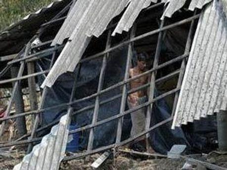 Руйнівний ураган пройшов по двом індійським штатам