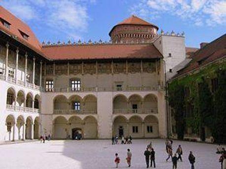 Замок Вавель у Кракові — ймовірне місце поховання Качинського