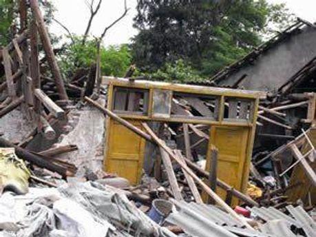 В результаті потужного землетрусу в Китаї загинули близько 2000 чоловік