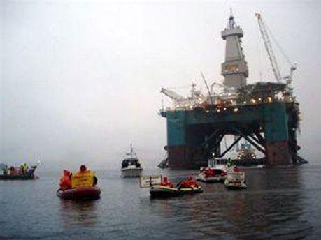 Біля американського узбережжя стався вибух на нафтовому родовищі