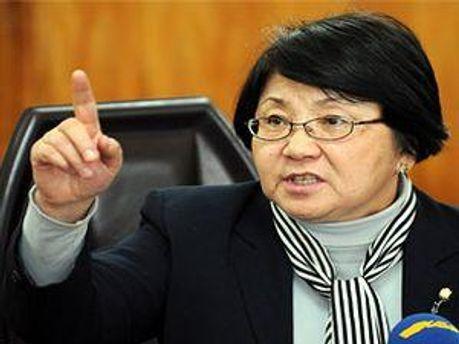 Лідер опозиції Роза Отунбаєва