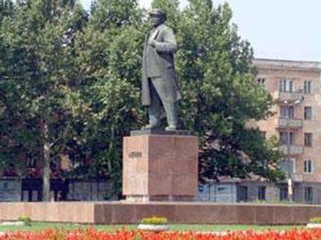 Пам'ятник Володимиру Леніну у Херсоні
