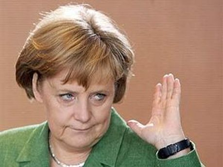 Ангела Меркельпродовжує курс на Афганістан