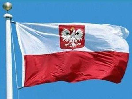 Польський уряд виділив близько 10 тис. євро допомоги родичам усіх 96 жертв Смоленської авіакатастрофи