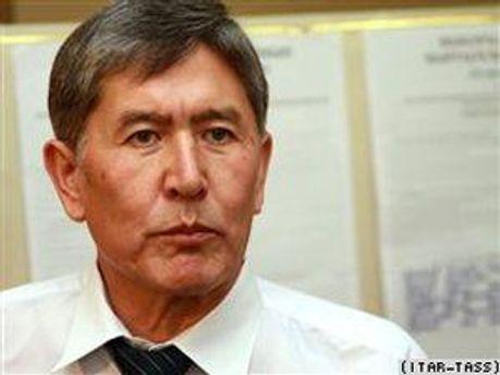 Алмаз Атамбаєв