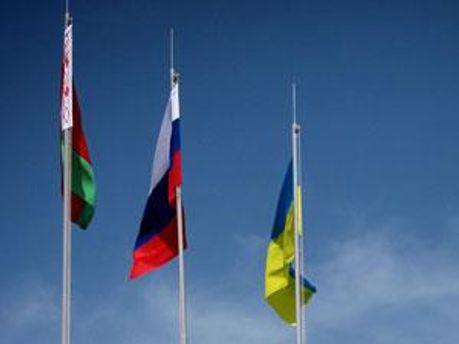 Прапори Білорусі, Росії та України