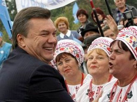 Януковича позитивно оцінюють в Американському інституті в Україні