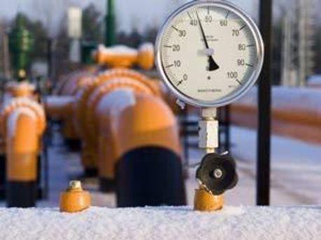 Запаси нафти в США стрімко зросли за тиждень