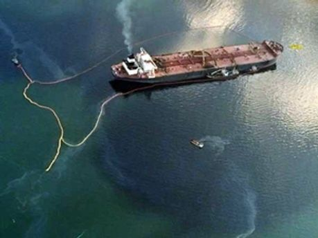 Розлив нафти загрожує узбережжю Луїзіани