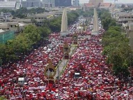 Політична криза у Тайланді не закінчується
