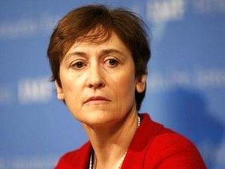 Директор департаменту зовнішніх відносин МВФ Керолайн Аткінсон