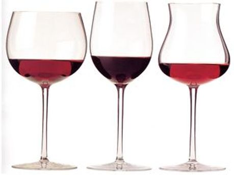 Українці віддають перевагу якісному вину