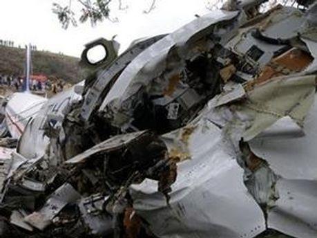 Літак, який зазнав катастрофи у Індії