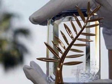 Головний приз Каннського кінофестивалю — Золота пальмова гілка