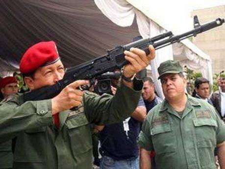 Уго Чавес хоче завоювати Інтернет-простір