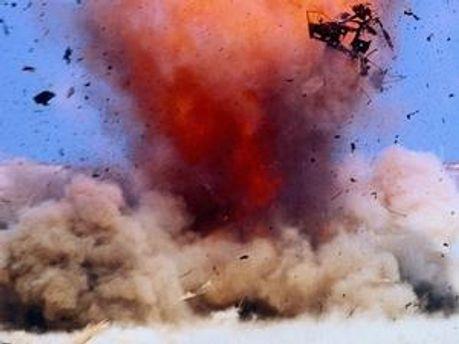 Як одну з версій вибуху розглядають теракти