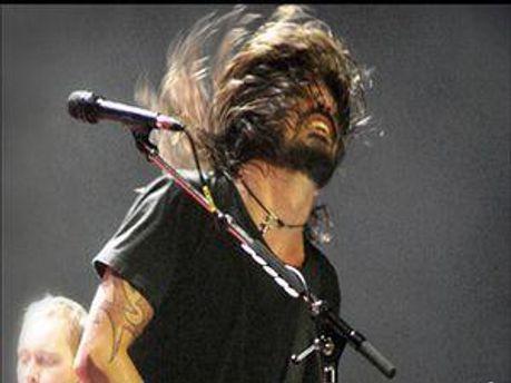 Соліст Foo Fighters Дейв Грол