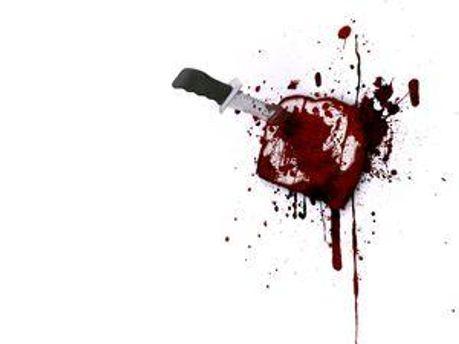 Школяр вихопив із кишені кухняний ніж і кілька раз вдарив пенсонера в живіт