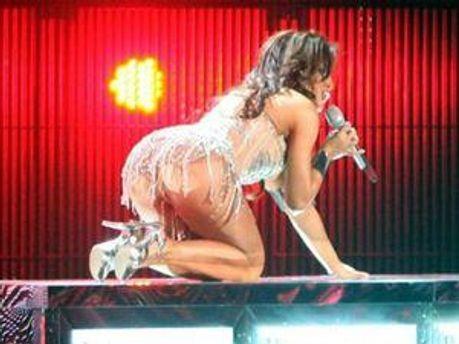 Лорак заплатила 0,5 млн. дол., щоб показати свою попу на Євробаченні