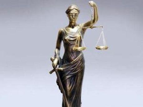 Нові правила для суддів діють з моменту їх публікації