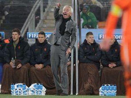 Берт ван Марвейк під час фіналу проти Іспанії