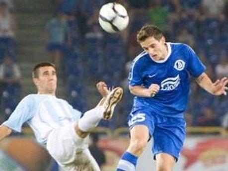 Маріо Холєк забиває вирішальний гол у ворота