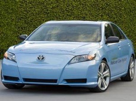 Toyota Campy — величезну кількість таких автомобілів компанія відкликала через дефект у педалі газу