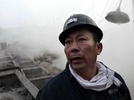 Поки вдалось врятувати лише 11 шахтарів