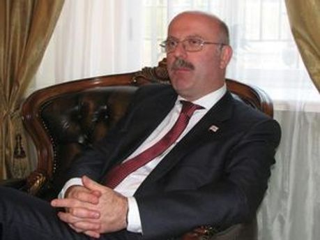 Надзвичайний і Повноважний Посол Грузії в Україні Грігол Катамадзе