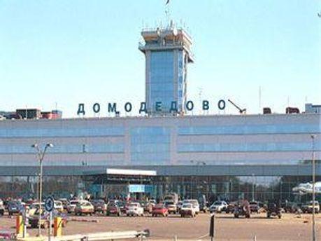 Через смогу московські аеропорти досі затримують рейси