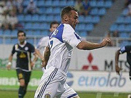 Андрій Шевченко забиває в п'ятому матчі поспіль