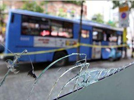 У Сеулі вибухнів автобус