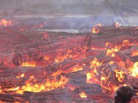 Пожежі ліквідують, але торфовища продовжують загорятись