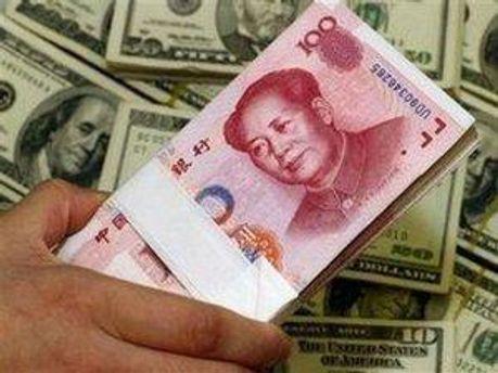 Китай допоможе Росії доларами, юанями, одягом