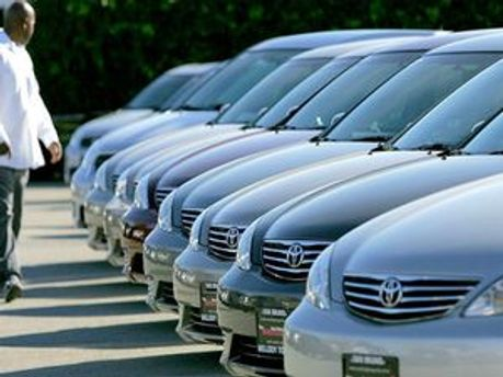 Toyota марно відкликала автомобілі