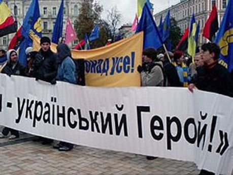 ВАСУ не зняв з радянських воїнів звання Героїв України