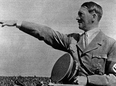 Через Гітлера Німеччина до цих пір має борги
