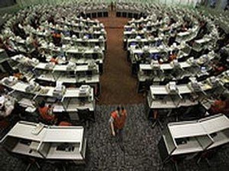 Брокери Гонконгської біржі проти скорочення обідньої перерви