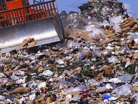 Бразильська влада вимагає відправити назад до Німеччини 22 тонни сміття