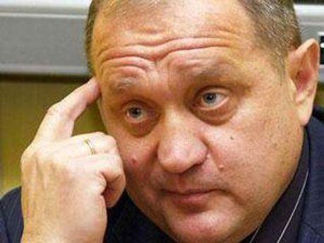 Анатолій Могильов вчить українську мову