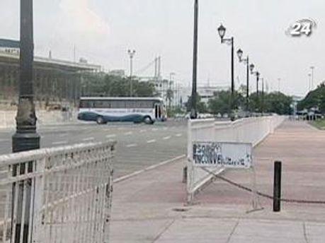Озброєний нападник захопив автобус із заручниками