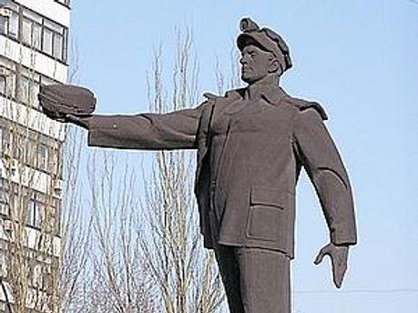 Янукович привітав дончан, футболістів і шахтарів
