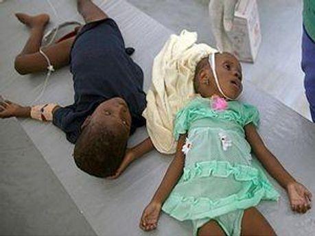 Кількість жертв холери на Гаїті постійно зростає
