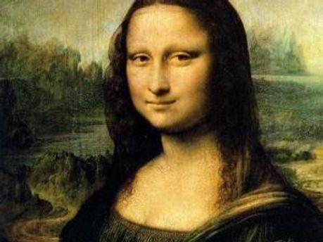 Дослідниця також вважає, що за спиною Мони Лізи зображений не абстрактний, а цілком конкретний пейзаж