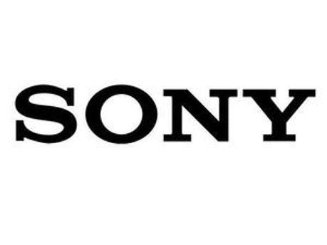 Sony хоче стати першою черед других