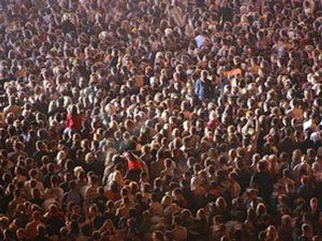 З 1941 по 2011 рік населення зросло із 2,3 млрд до 7 млрд