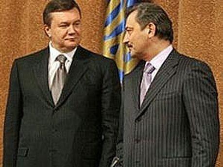 Віктор Янукович і Василь Джарти обговорили перспективи економічного розвитку автономії